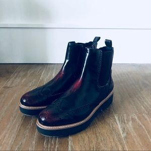Zara leather wingtip ankle boots